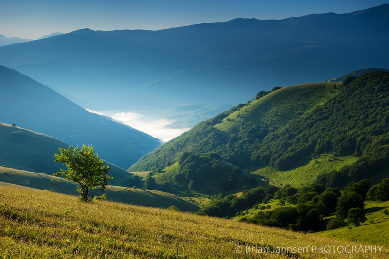 Monti Sibillini Umbria Italy Valley Mist Morning Photography workshop Tour