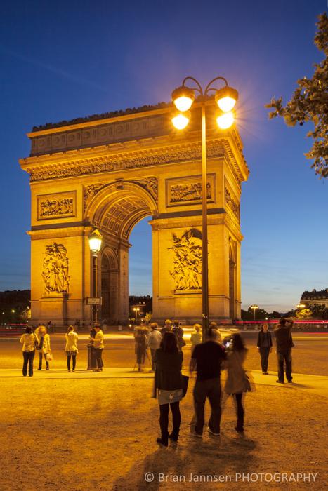 Twilight Arch de Triomphe Paris France